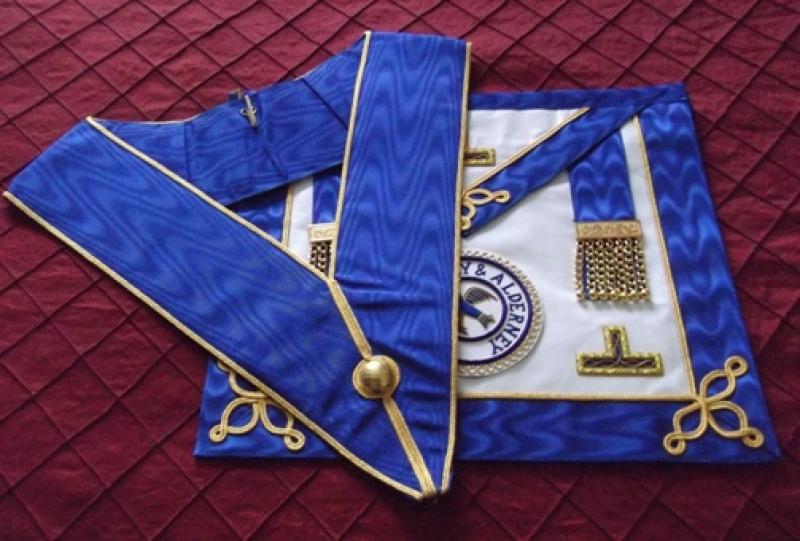 Masonic Apron     h02.jpg