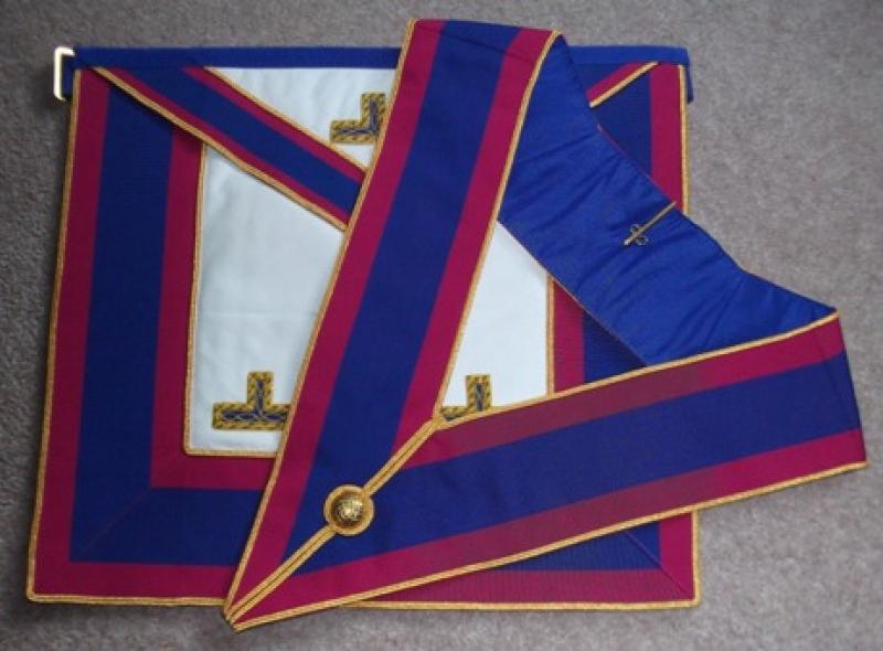 Masonic Apron    h04.jpg