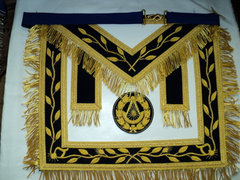 Past Master Masonic Apron  4.jpg