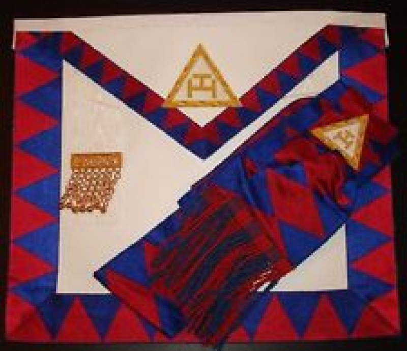 royal arch apron.jpg